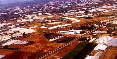 Pohled z letadla _ slkeníky - Turecko září 2007 (nahrál: Jetuka)