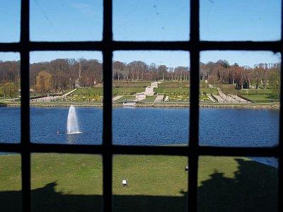 výhled na jezero ze zámku (nahrál: admin)