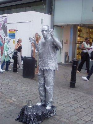 Živá socha v Covent Garden (nahrál: admin)